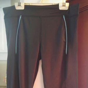 Pants - Gym Capri Pants